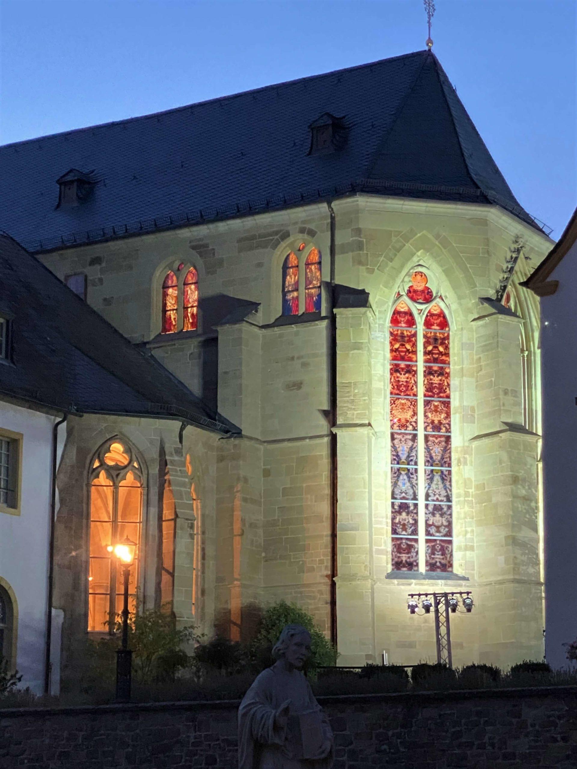 Richter-Fenster Tholey Außenfassade Kirche