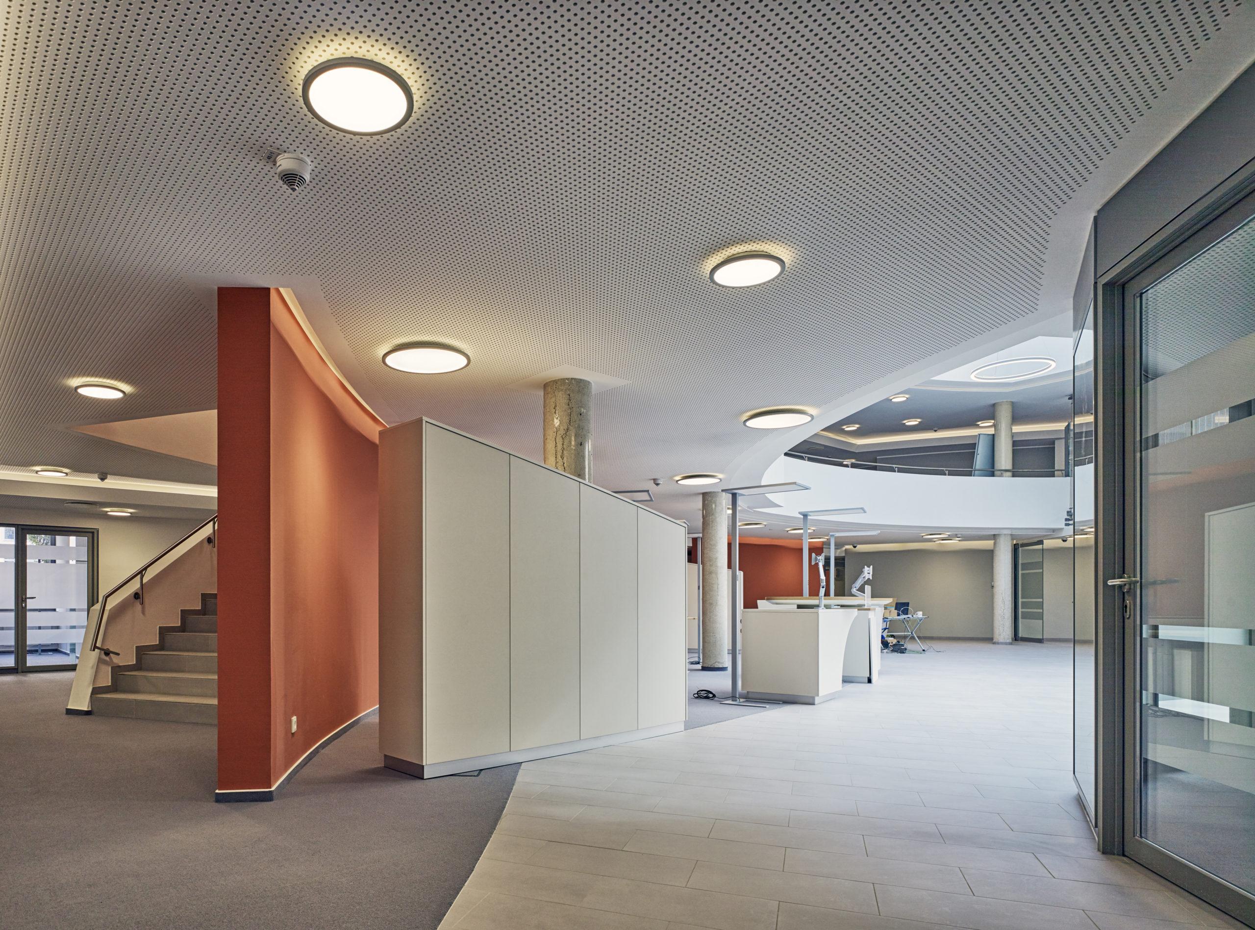 Innenansicht Eingangsbereich Sparkasse Cochem