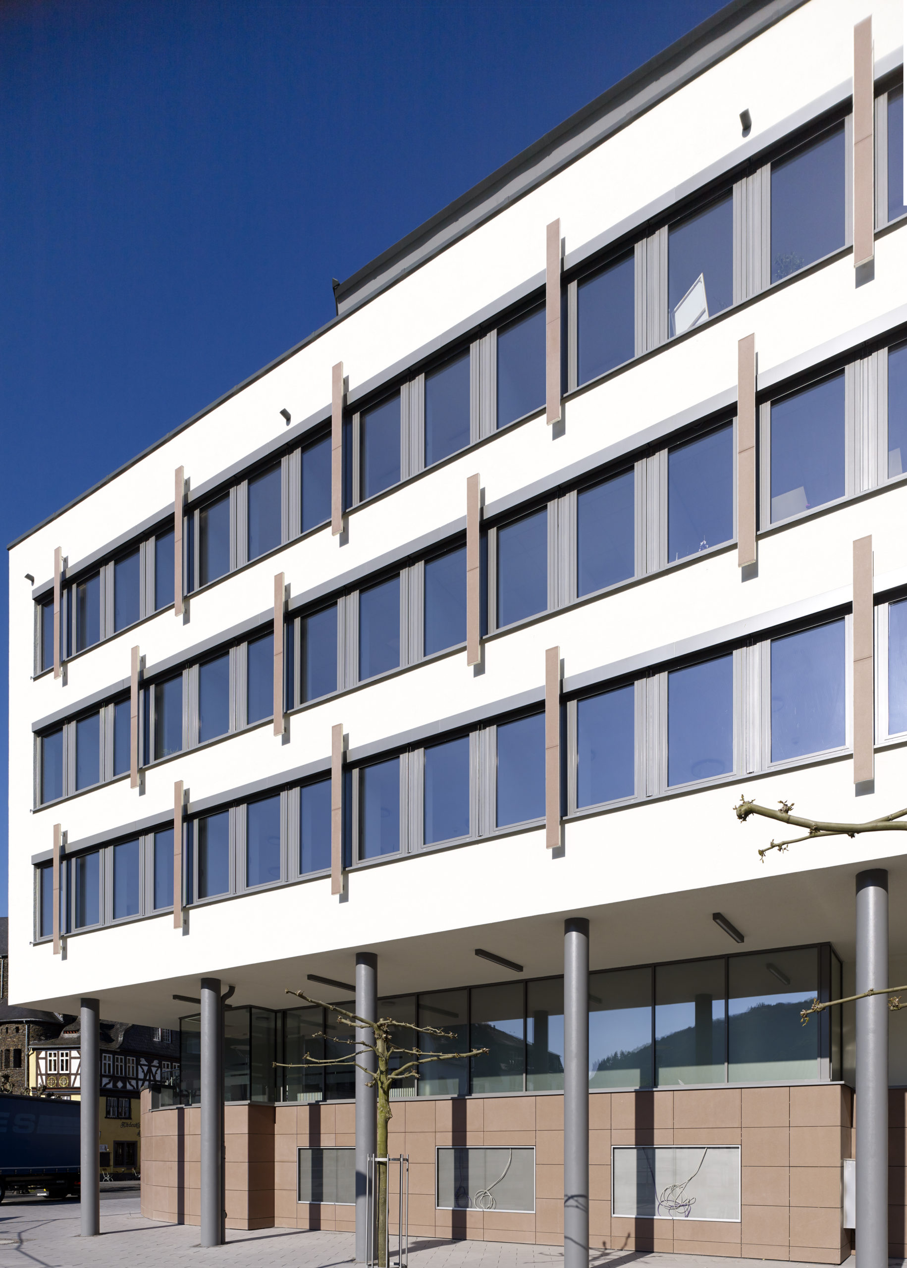 Sparkasse Cochem Fensterfront Außen