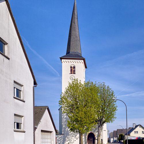 Kirche Driesch Außen