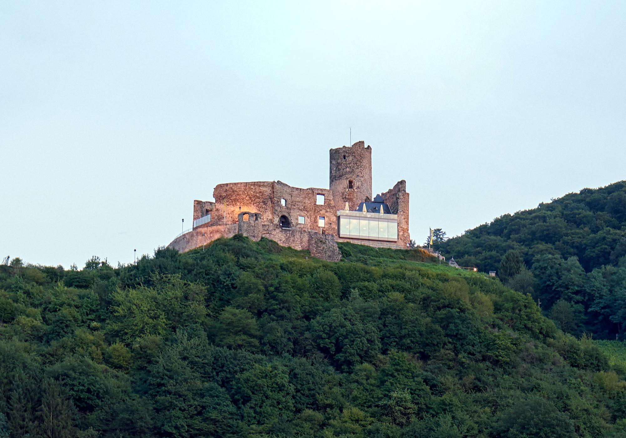 Burg Landshut Bernkastel-Kues bei Tag
