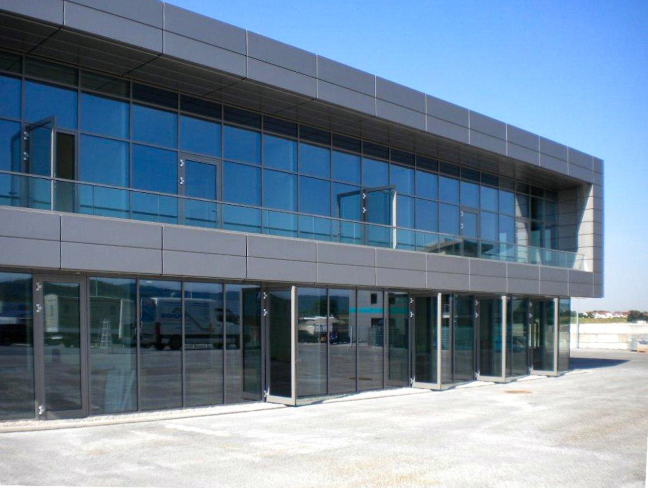 Fensterfront Verwaltungsgebäude, Backnang Neubau